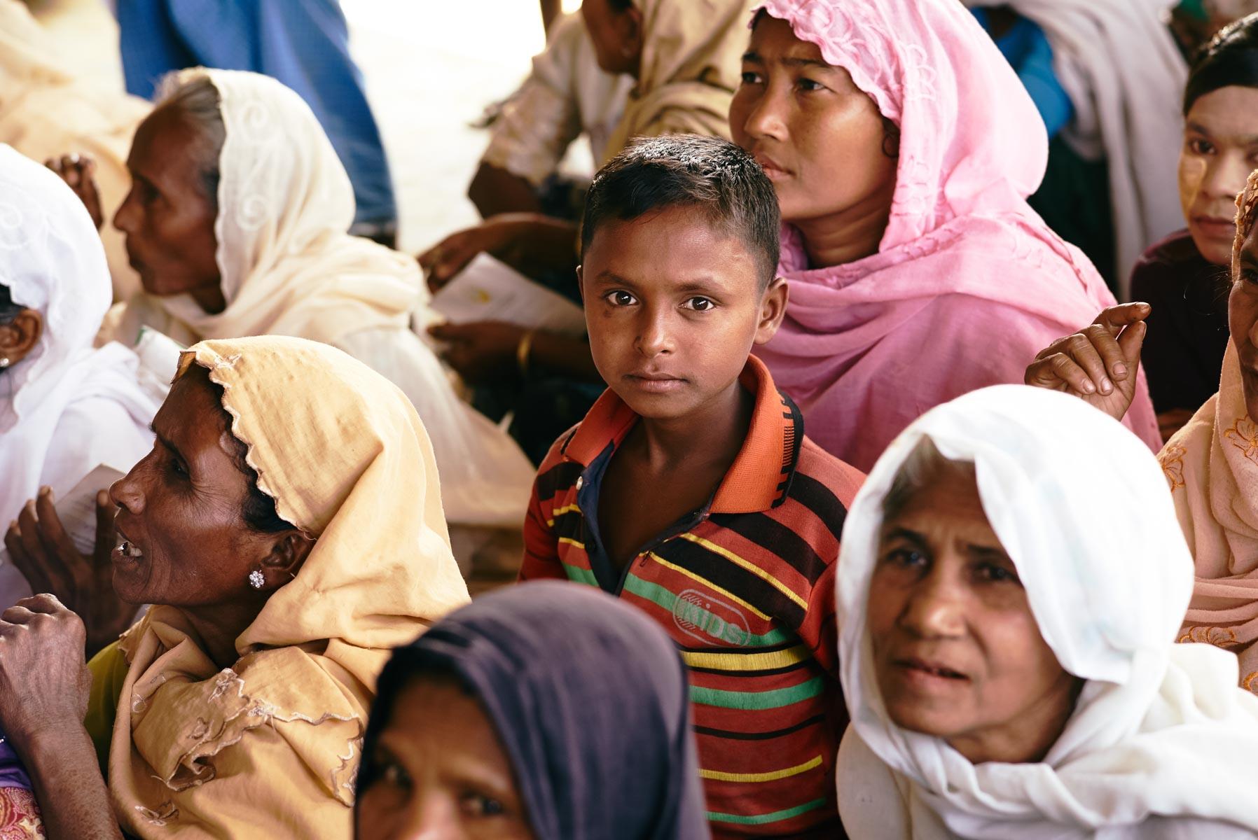 "Rohingya Flüchtlingsjunge im ""Ohn Taw Gyi (North) Camp"" in Sittwe/ Rakhine/ Myanmar, 2015"